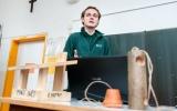 Lektor ekologické výchovy vypráví o životě ptactva