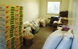 Zásoba podestýlky a krmiva pro zraněné živočichy