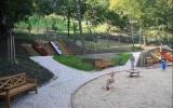 dětské hřiště v zahradě Kinských