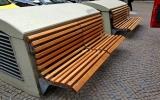 lavičky na Senovážném náměstí